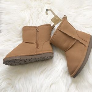 NWT BabyGap Boots